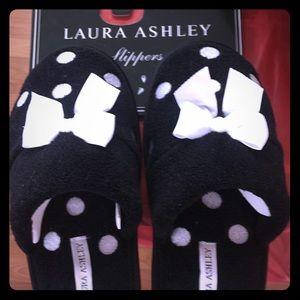 New! Laura Ashley slippers